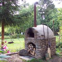 lehmofen mit ziegelsockel earth oven pinterest. Black Bedroom Furniture Sets. Home Design Ideas